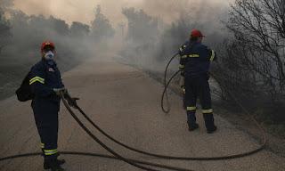 «Στάχτη» τουλάχιστον 12.000 στρεμμάτα στην Εύβοια- Χωρίς ενιαίο μέτωπο η πυρκαγιά