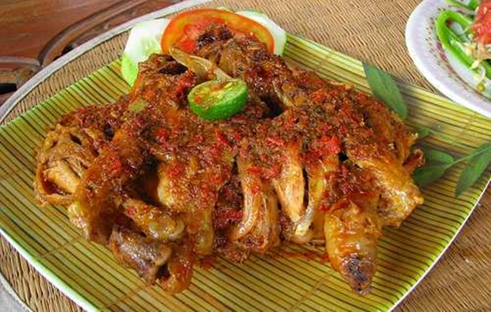 Resep Ayam Betutu Bali Asli Lezat