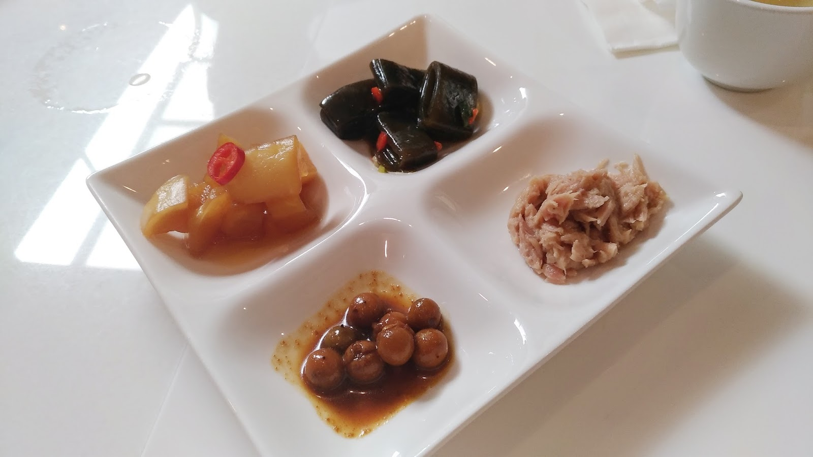 P 20170712 133315 vHDR Auto1 - 【嘉義美食】皇爵大飯店-優雅平價的豪華套餐,就在火車站旁!