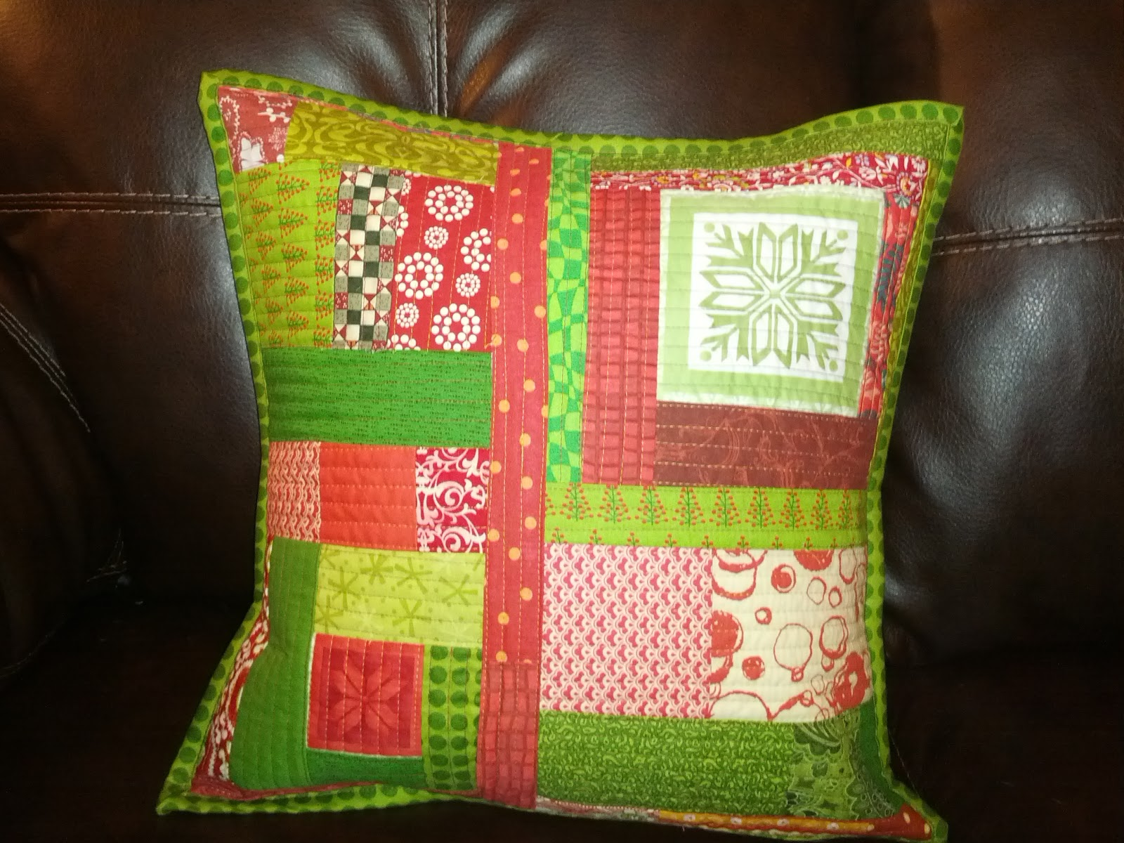Sew Hungry: Pillows