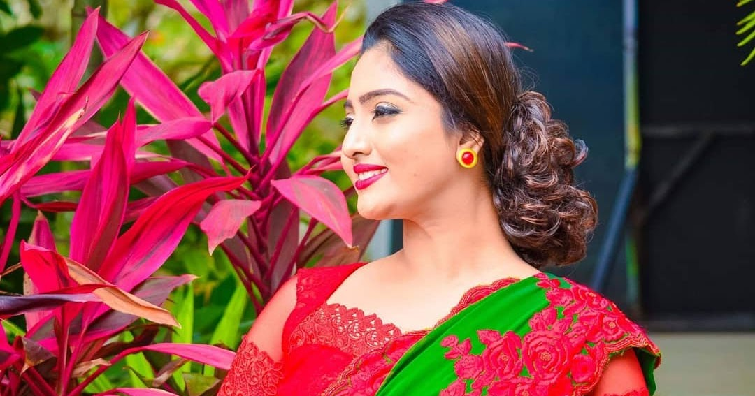 Miss Srilanka Vinu Udani Siriwardana Latest Saree Photoshoot Stills Latest Indian Hollywood Movies Updates Branding Online And Actress Gallery