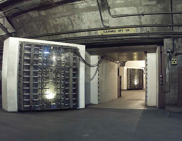 Velhos bunkers pensados para um ataque nuclear russo vão ser reacondicionados até em New York.