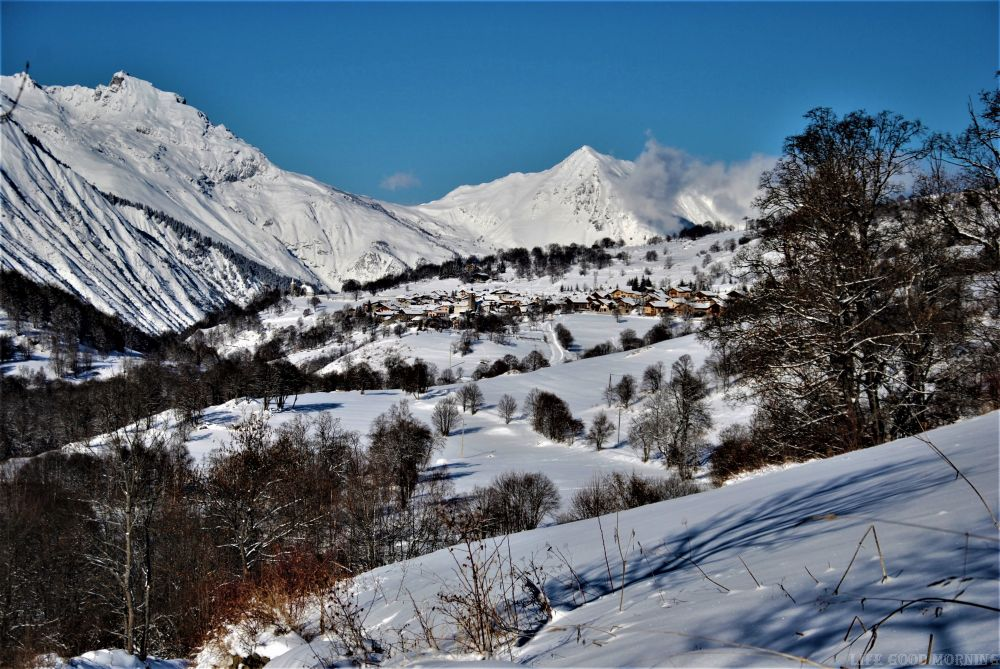 Wrażenia po pierwszych 2 miesiącach życia we Francuskich Alpach.