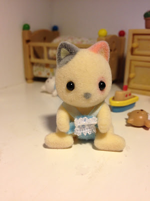 Sylvanian Families Whiskers Cat Baby Carry Case