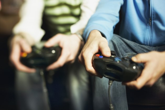 هل تساهم ألعاب الفيديو في السمنة عند الأطفال