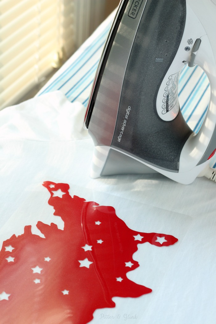 Ironing silhouette of America