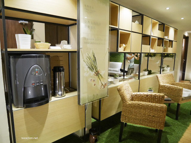 Just outside our rooms, there's the very convenient mini-lounge area complete with hot water, and free tea the whole day