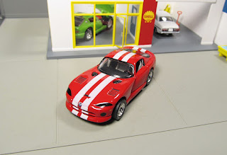 Matchbox Premiere Collection Dodge Viper GTS