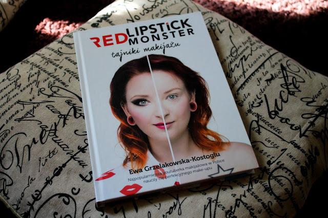 """""""Niczego nie musisz - możesz wszystko."""" Recenzja poradnika """"Tajniki Makijażu"""" od Red Lipstick Monster."""