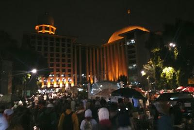 Syahdu, Tangis Jamaah Aksi 112 Pecah Saat Zikir Bersama