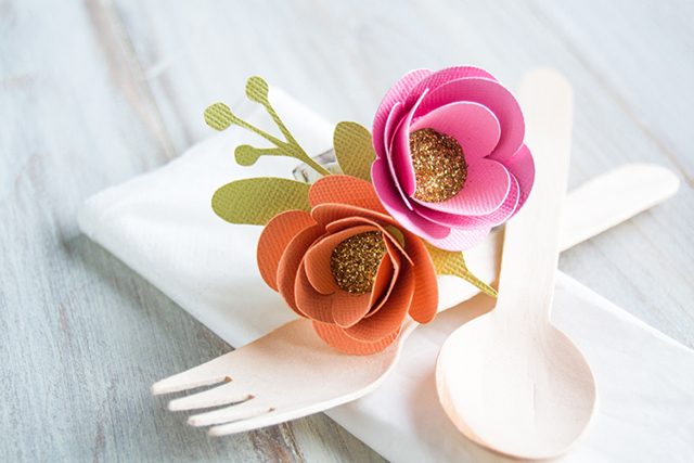 crafting paper flower napkin ring glitter