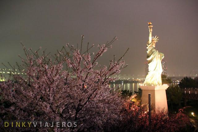 Estatua de la Libertad en Odaiba