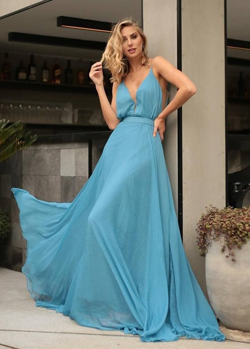 vestido azul madrinha dia