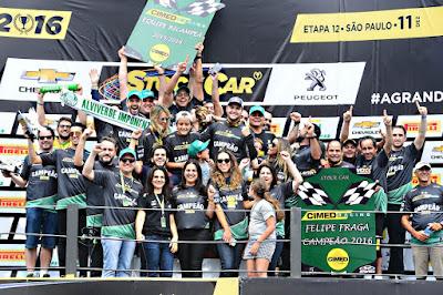 Festa da equipe Cimed Racing em Interlagos