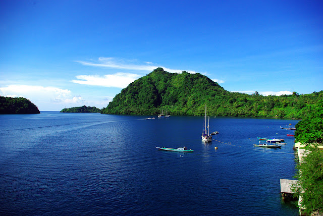 Destinasi Wisata Bahari Banda Neira