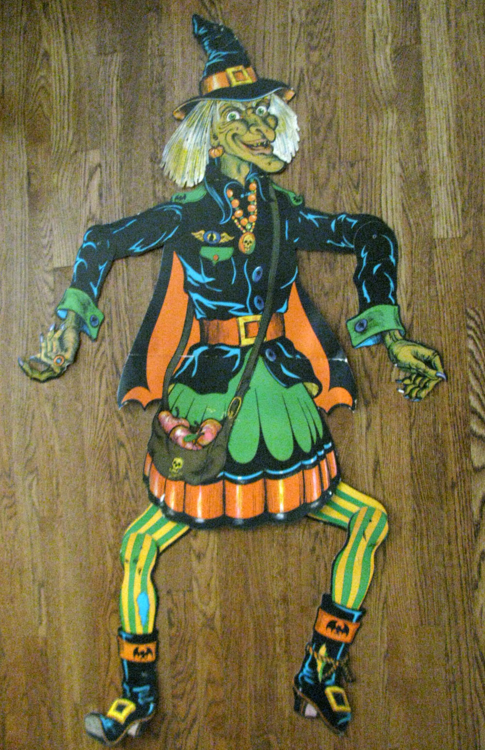 3-D Monster: Halloween Decorations From My Youth!