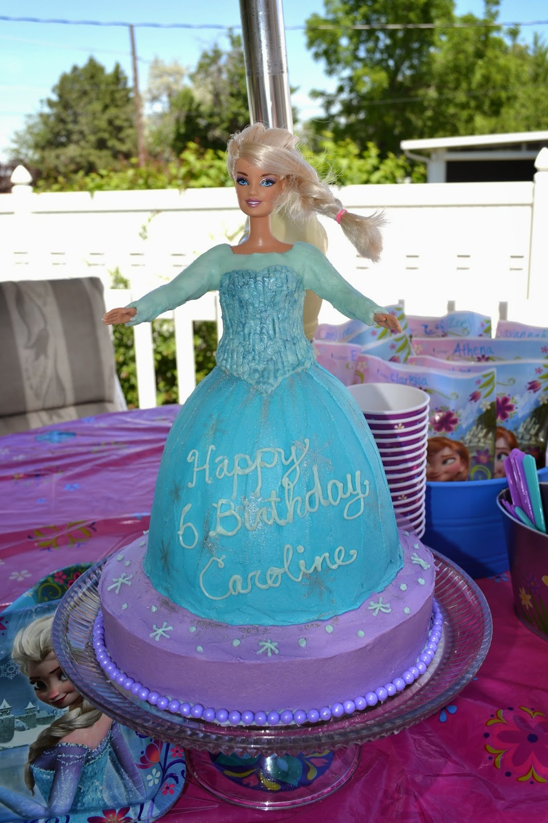 T Cakes Elsa Cake