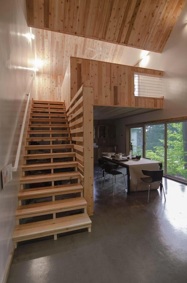 Mengapa membuat bangunan yang terpisah untuk fungsi yang berbeda jika kita dapat menyatuk Inspirasi Rumah Kecil Bertema Studio Dengan Penataan Yang Simpel