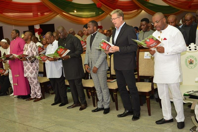 Don Moen, Uma Ukpai, Governor Umahi At Akwa Ibom December Prayer Meeting
