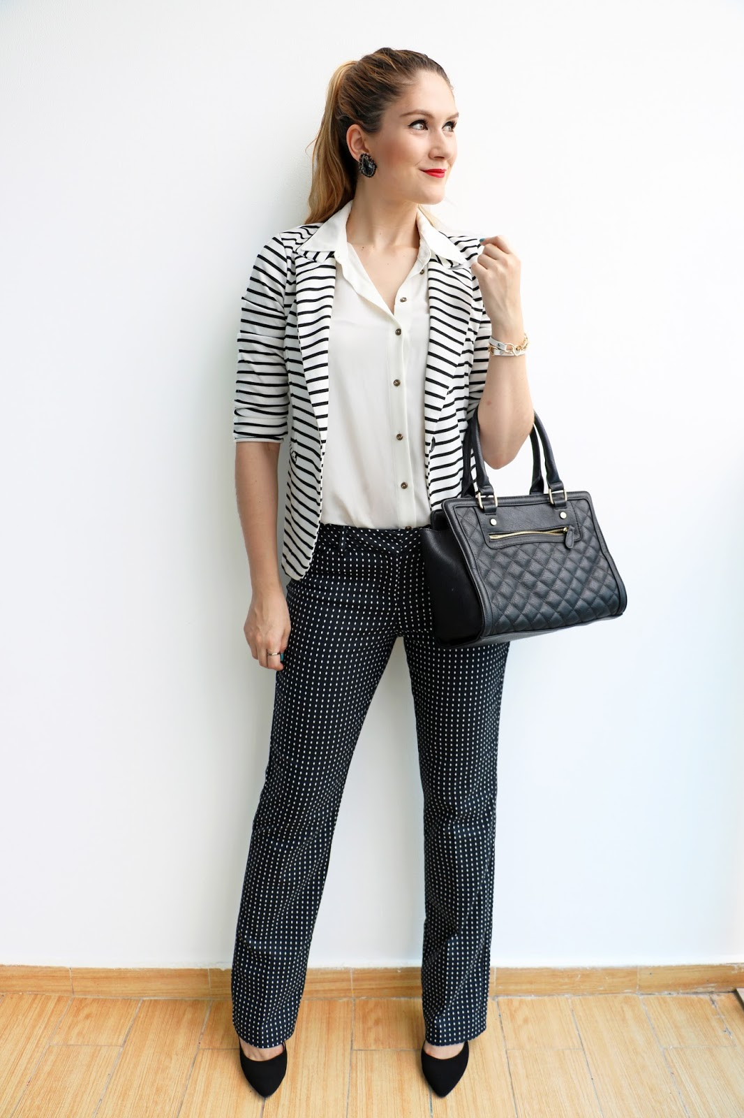 Chic outfit for work