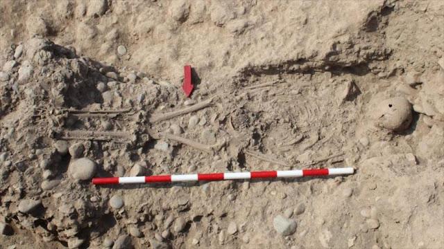 Hallan un cementerio de 1300 años de antigüedad en Perú