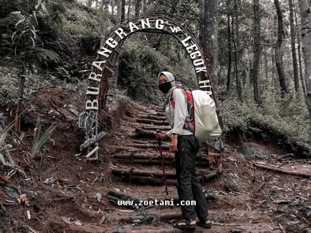Informasi Lengkap Tentang Gunung Burang Bandung