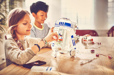 With the littleBits Droid Inventor Kit, kids can create their own custom Droid and bring it to life for the first time ever!