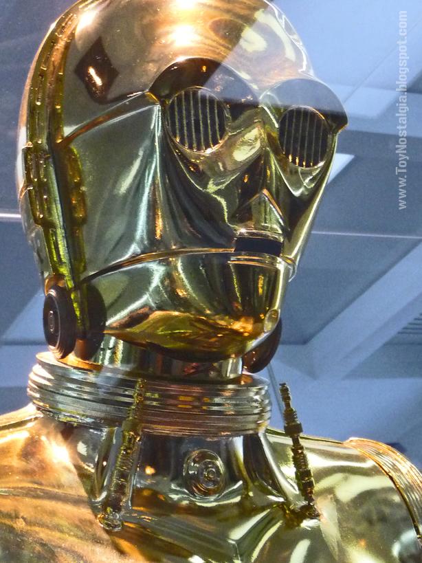 C3PO  (STAR WARS - The Exhibition)
