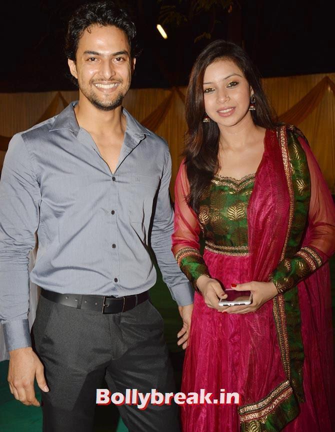 Sehrish Ali with a friend, Diya Aur Baati Hum star Deepika Singh Marriage Pictures