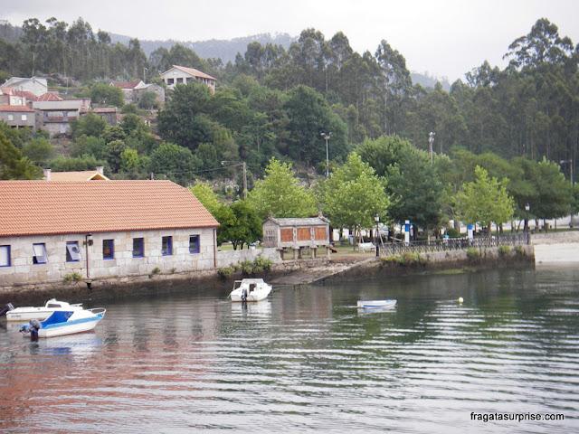 piorno às margens da Ría de Pontevedra, em Pontesampaio, no Caminho de Santiago
