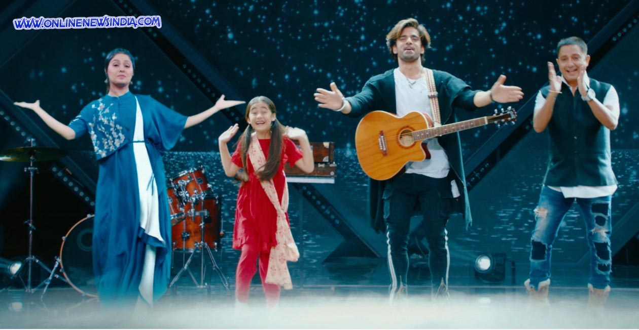 Sunidhi Chauhan, Aakriti Sharma as Kullfi, Mohit Malik as Sikander and Sukhwinder Singh in Kullfi Kumarr Bajewala