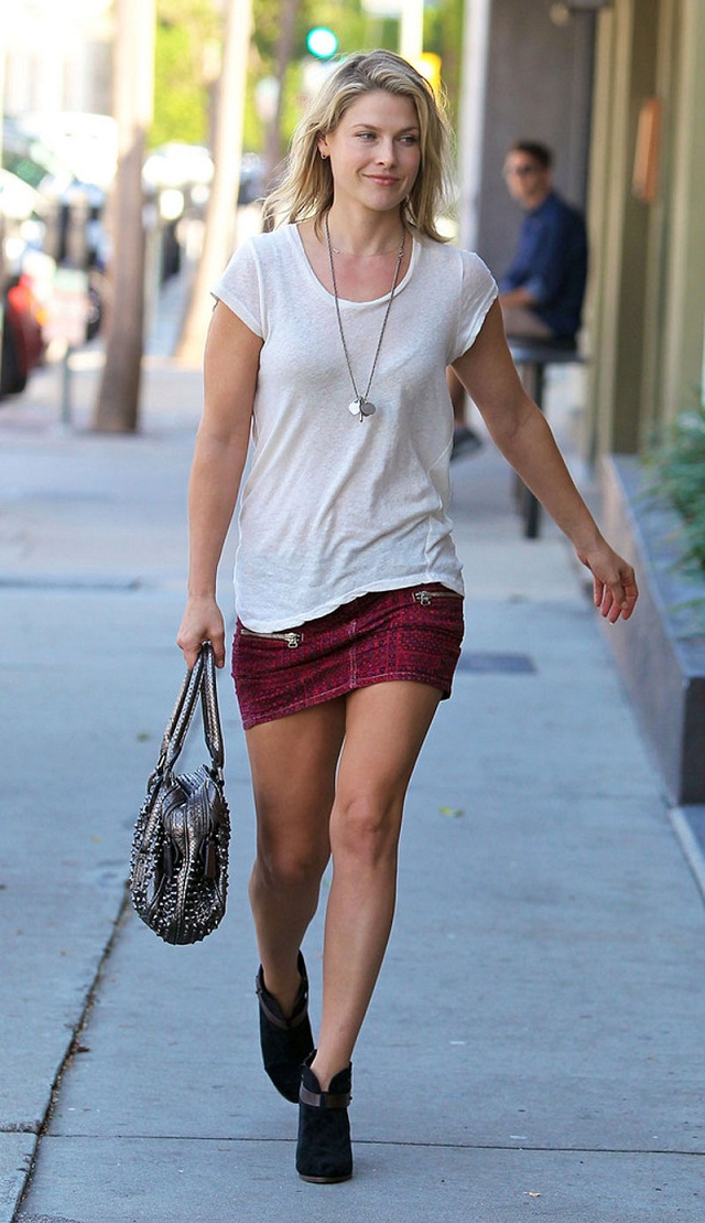 Ali Larter Looks Hot And Pampered As She Steps Out Of Salon In West Hollywood