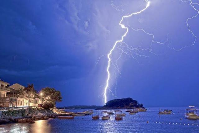 Big CG lightning