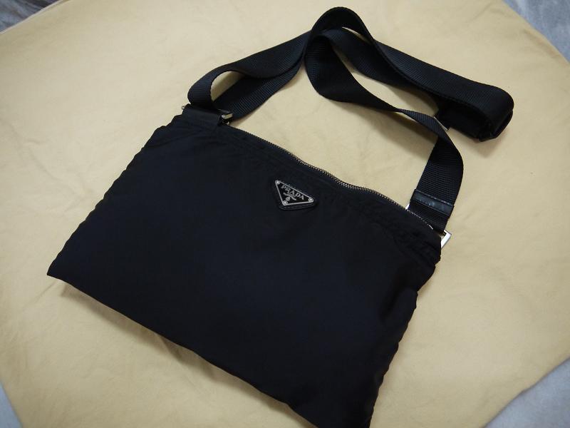ffa34e4d0aa4e Prada Messenger Bag Black Tessuto Nylon ( Medium )