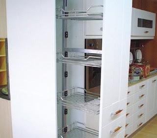 Resultado de imagen de estantes extraibles cocina