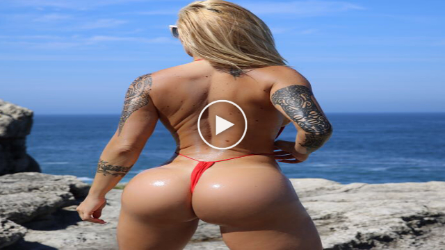 Victoria Lomba Sexy booty queen
