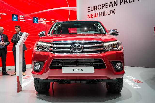 2016 Toyota Hilux Invincible Double Cab