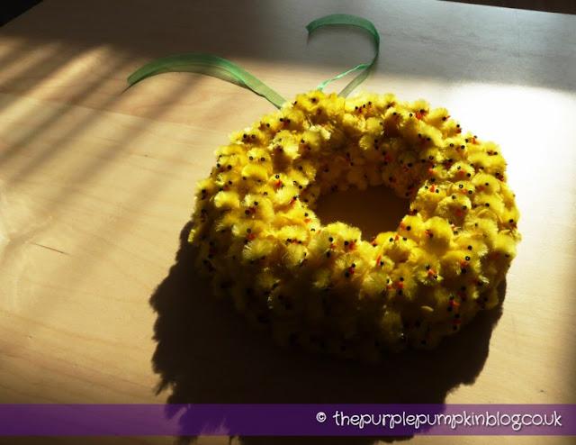 Easter Chick Wreath | The Purple Pumpkin Blog