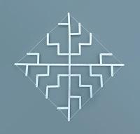 Pièce d'art en lattes d'aluminium frappées de chiffres et rivetées