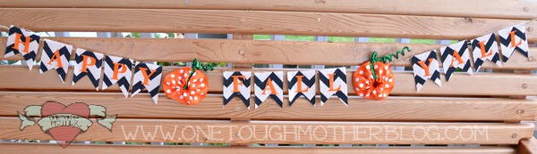 DIY Happy Fall Y'All Banner from SweetTeaAndSavingGraceBlog.com