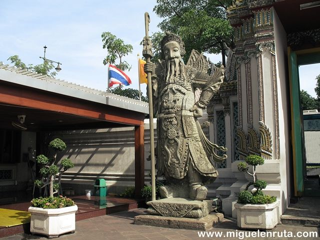 Guardianes-chinos-Wat-Pho