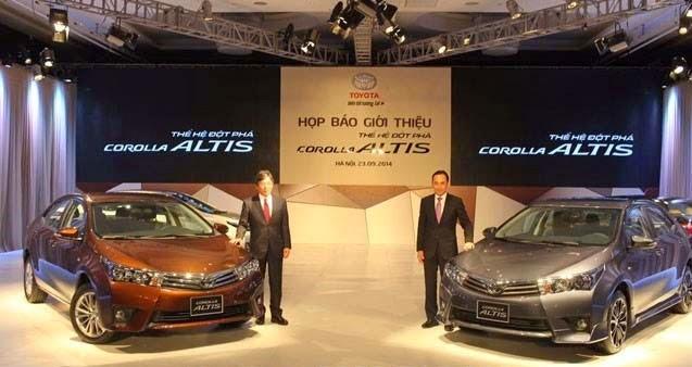 Corolla Altis 2014 tại buổi họp báo giới thiệu (2)