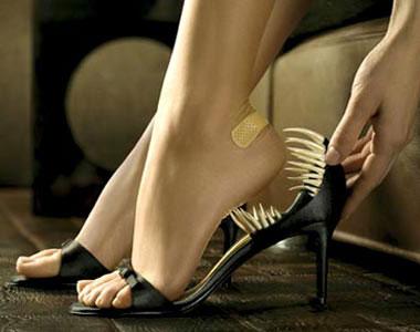 растянуть кожаную обувь