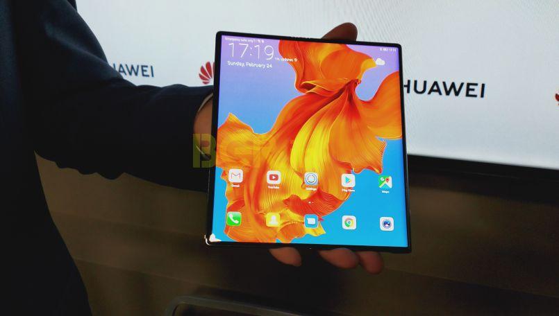 'Huawei Mate X 5G Smarthphone