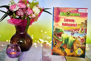 """""""Dinosaurs. Zadanie: Naklejanie!"""" książki dla dzieci #27"""
