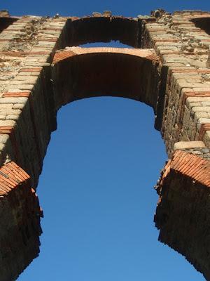 acueducto romano en Mérida