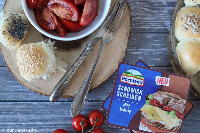 Brötchensonne bzw. Partysonne mit Tomatensalat.