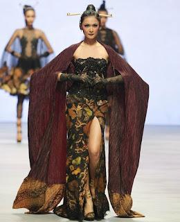 Batik Seksi Model Baju Batik Wanita Terbaru 2018