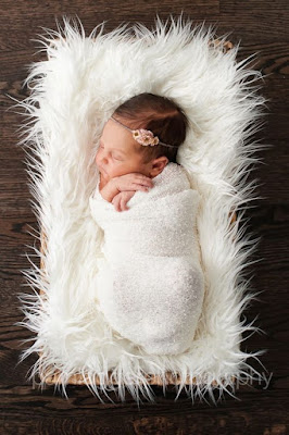 Download full-size wallpaper of born cute baby girl picture gallery collection of baby girl images wallpaper for mobile and desktop