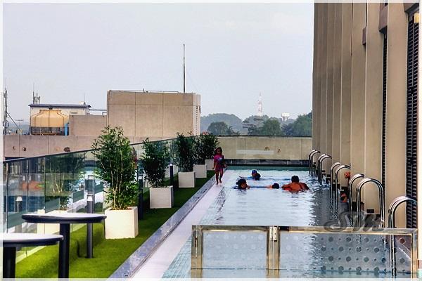 15 Hotel Di Melaka Tepi Pantai Yang Ada Swimming Pool Dekat Jonker Street Bathtub Kolam Renang
